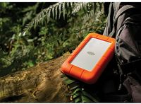 """Жесткий диск Lacie Original USB 3.0 2Tb STEV2000400 Rugged V2 2.5"""" оранжевый Thunderbolt"""